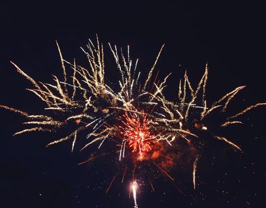 bright-colorful-fireworks_84738-520.jpg