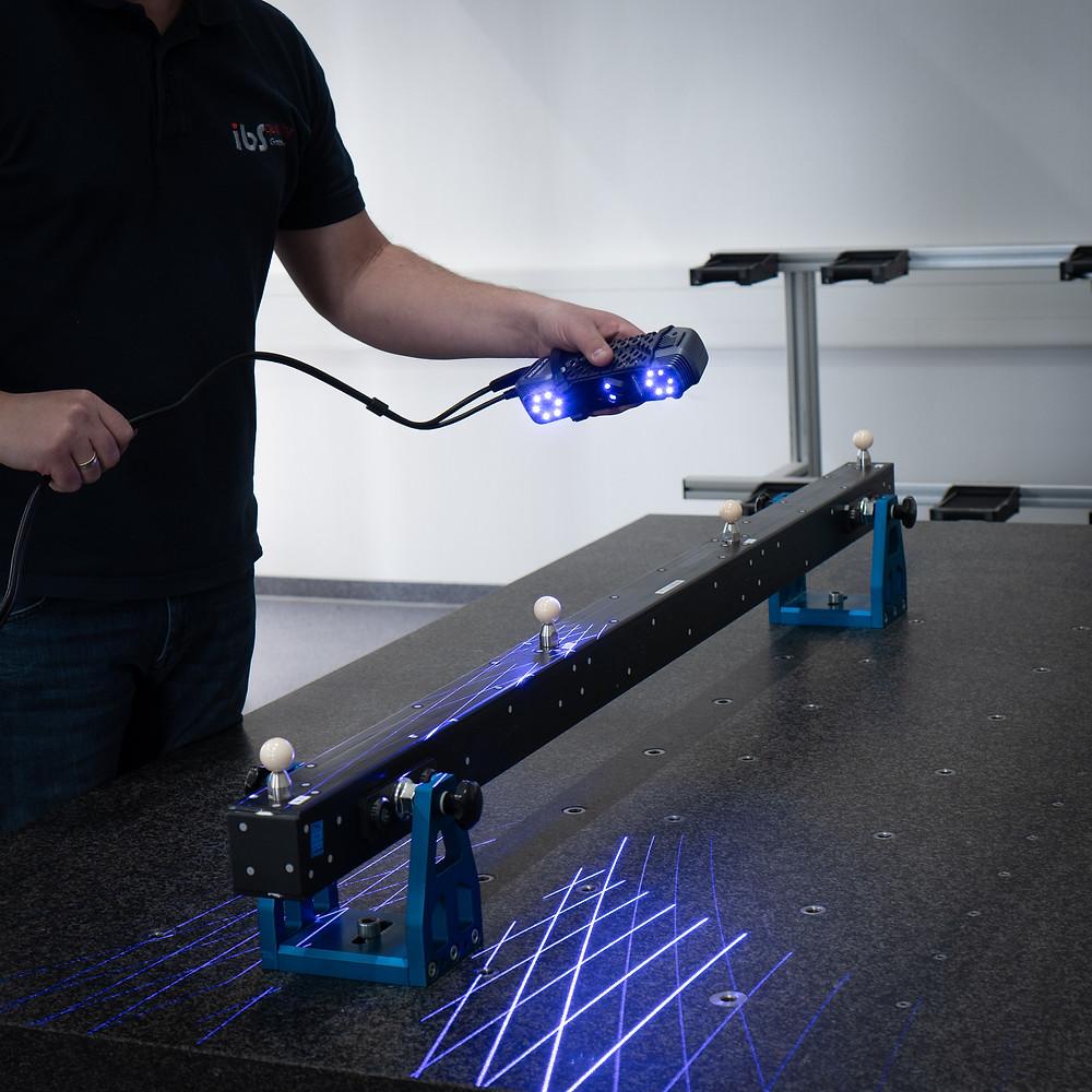 3D-Scanner SIMSCAN mit Laserlinien