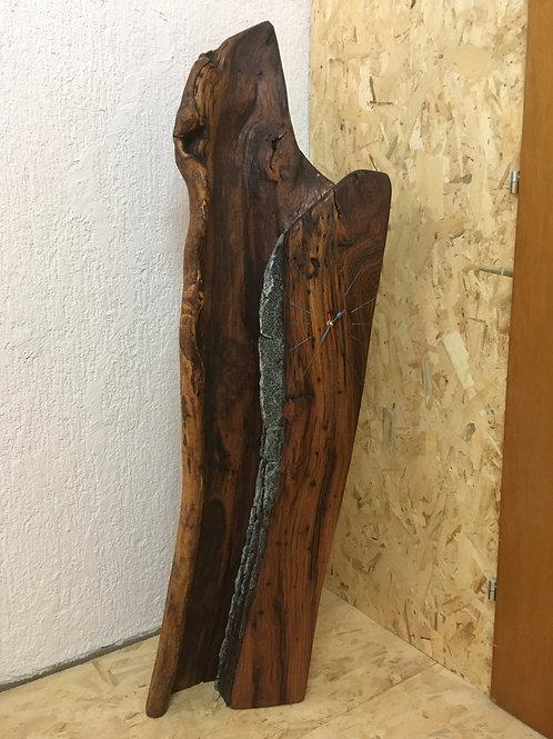 Orologio in legno e sasso (La Cascata)