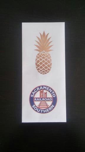 Golden Pineapple Service 4