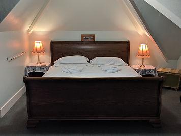 Dunster Main Bedroom x2.jpg