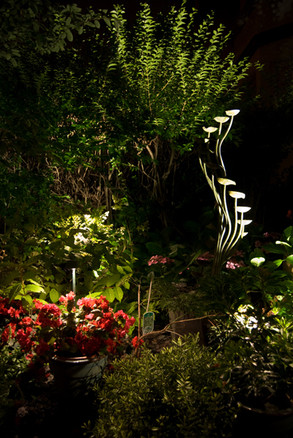 outdoor-garden-light-17.jpg