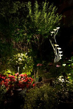 outdoor-garden-light-17.jpg