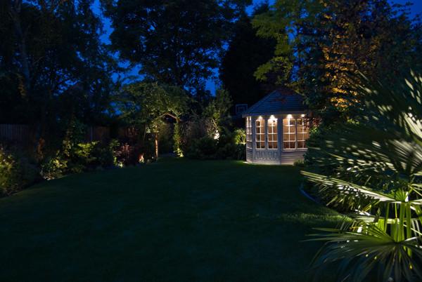 outdoor-garden-light-5.jpg