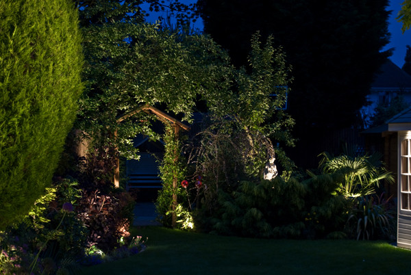 outdoor-garden-light-6.jpg