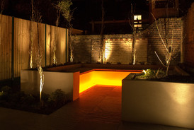 modern-garden-lighting-4.jpg