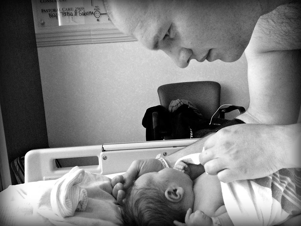 Newborn baby and Daddy