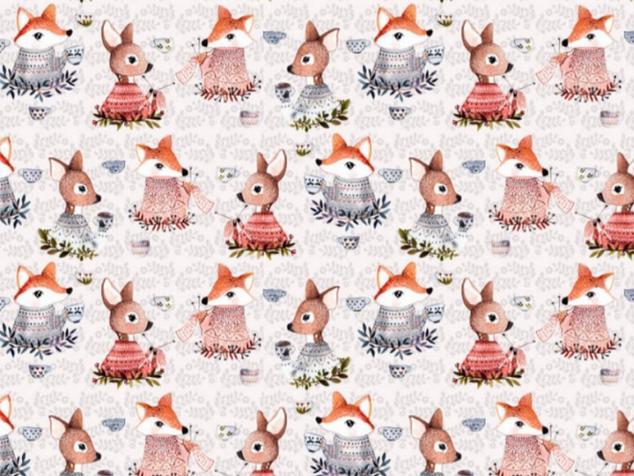 Têtes de biches et renards
