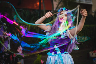 Giant bubbles with Fairy Lavender