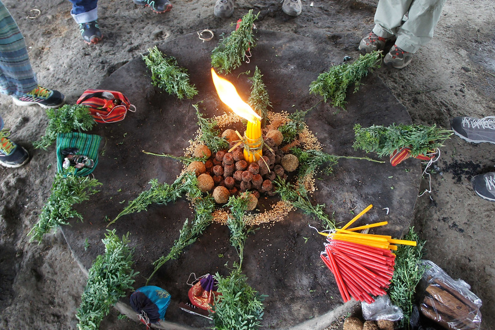 cerimonia fuoco maya