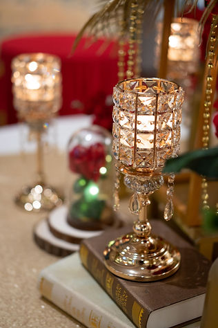 Red, white, and gold VIP table glass decoration