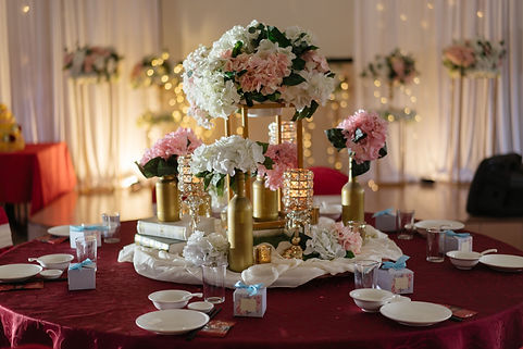 VIP table floral decoration