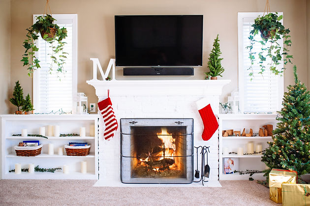 Christmas Mantle.The One With A Christmas Mantle