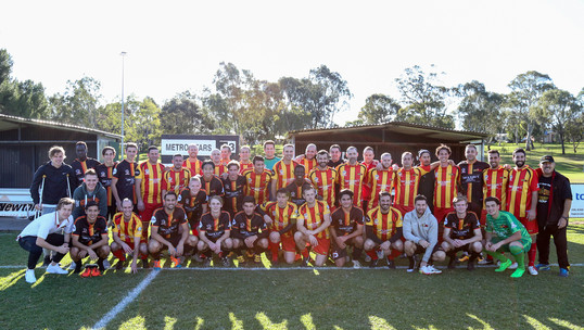 2016 - Past Players vs Reserves