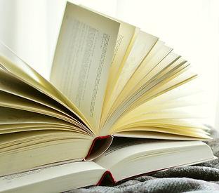 books-2546044_1920.jpg