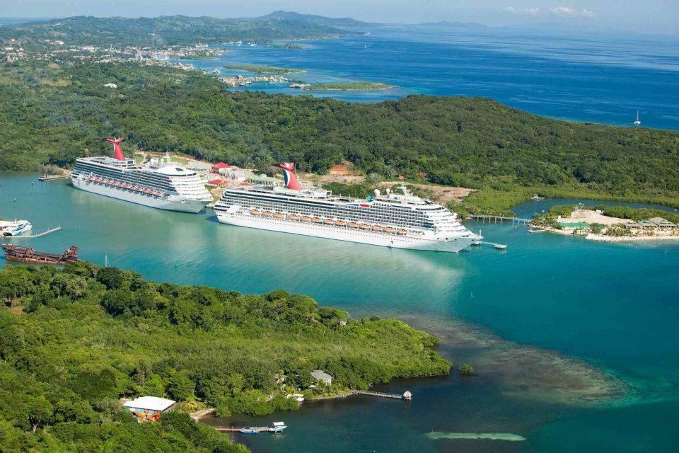 Cruise Ships Roatan.jpg