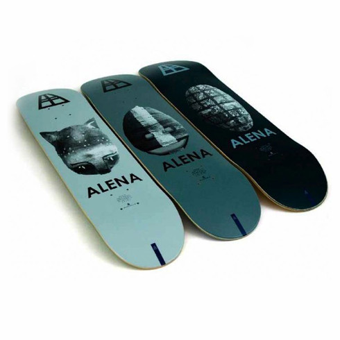 Alena Skateboarding
