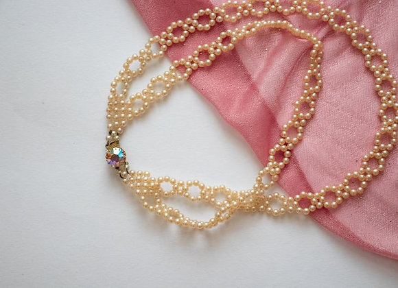 Vintage costume jewellery pearl necklace from the 70s