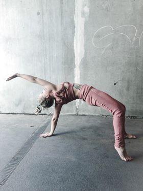 3D knitting yoga