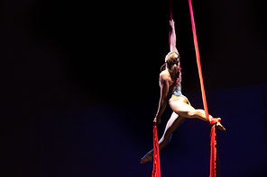 Coral Crawford performig aerial silks in Victoria on Vancouver Island