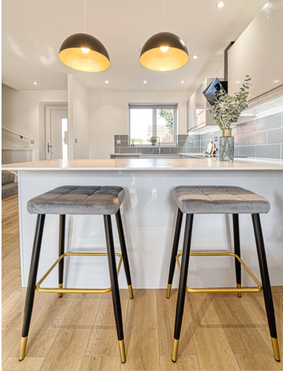 kitchen stools.PNG