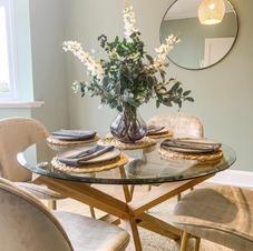 Dining arrangement and kitchen accessories