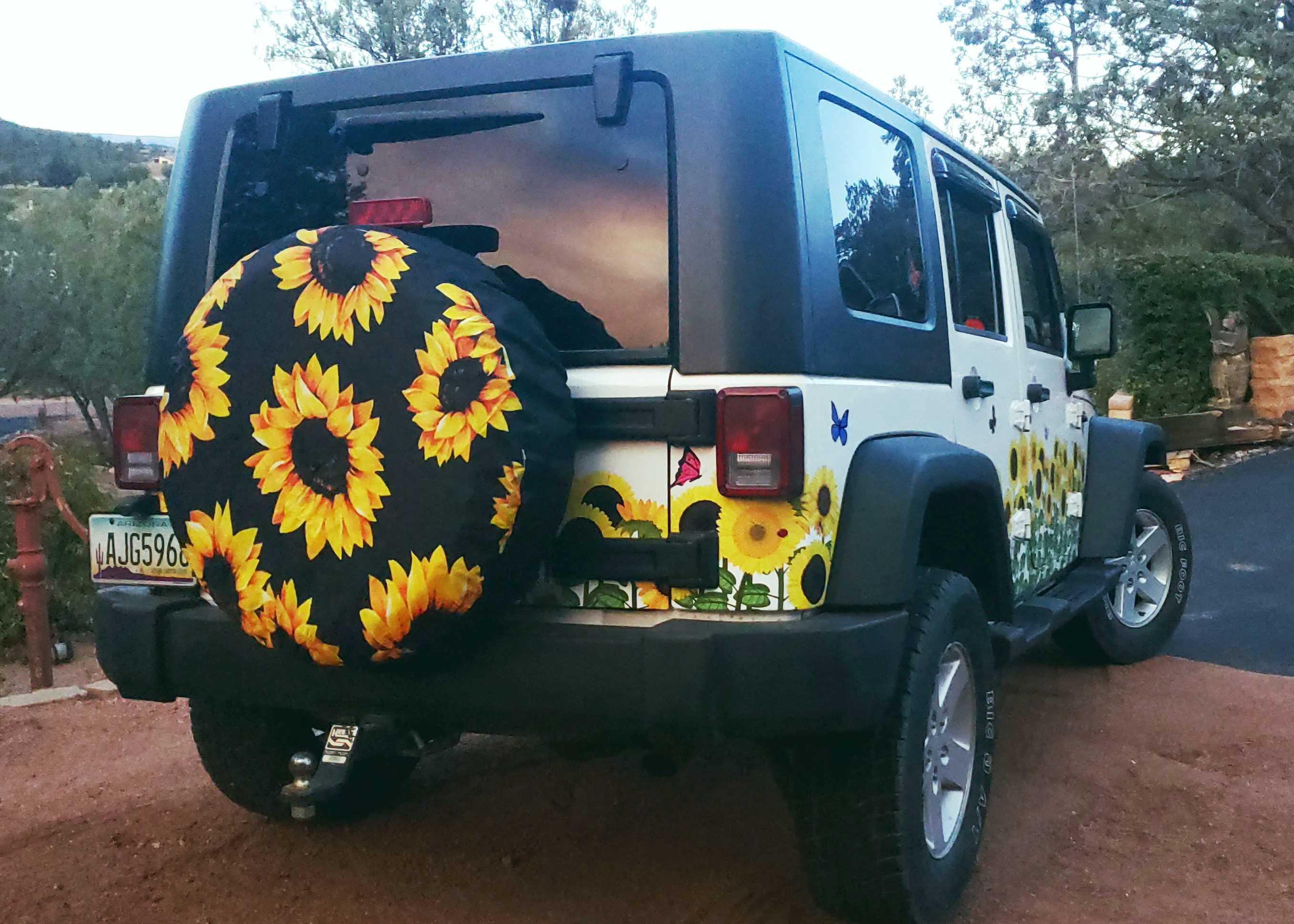 Jeep Sunflower Rear & P Side