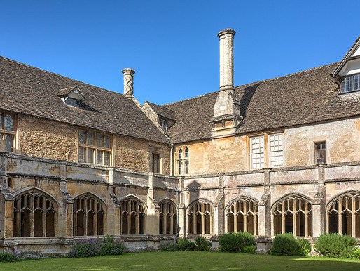 December 2012 – Lacock Abbey – Our first performance!