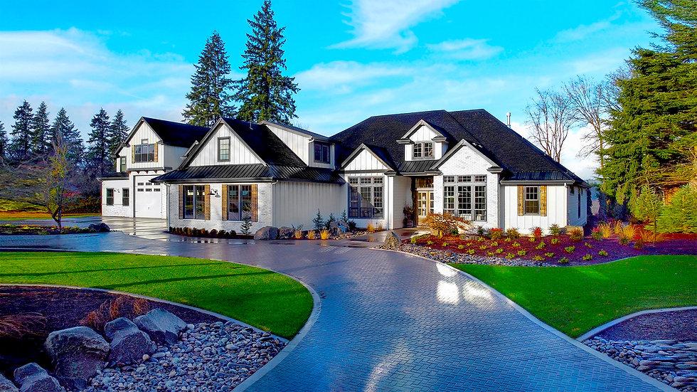 L-Shaped White and Black Modern Farmhouse 0quickexp.jpg