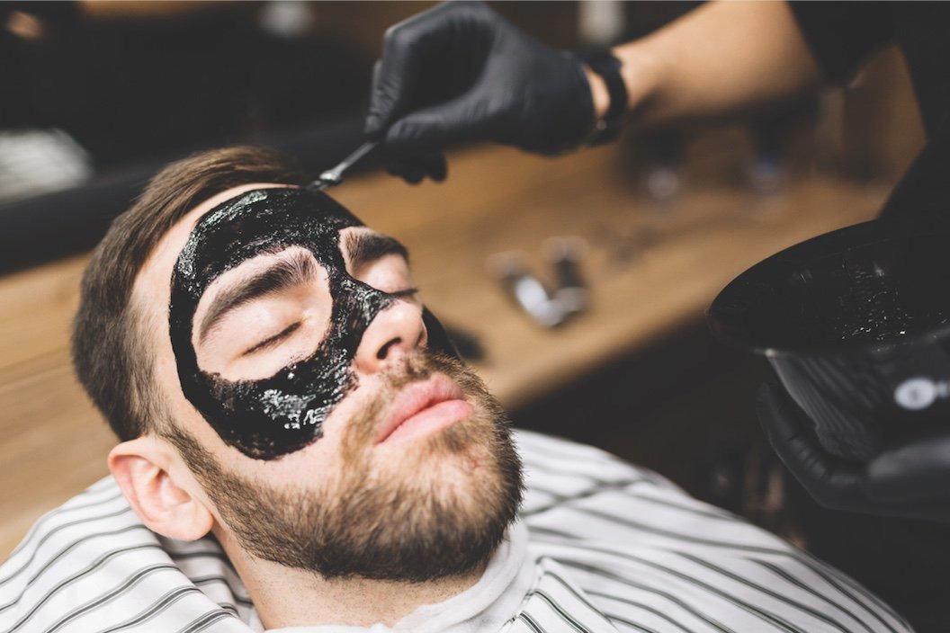 Holení vousů + black mask
