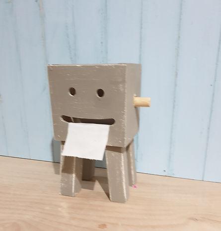 קופסא מחייכת .jpg