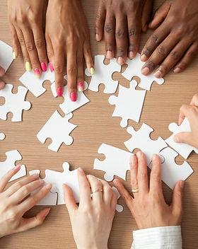 Team-Puzzle-Solving.jpg