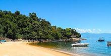 Fantasma Boat leva você para conhecer a Praia Vermelha em Angra dos Reis no RJ.