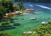 Fantasma Boat leva você para conhecer a Praia de Copacabana.