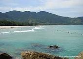 Fantasma Boat leva você para conhecer a Praia do Bracuhyem Angra dos Reis no RJ.