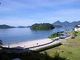 Praia do Bracuhy em Angra dos Reis no RJ.