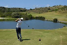 Fantasma Boat te leva para a jogar golfe nos melhores buraco e campos em Búzios