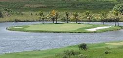 Fantasma Boat te leva para a conhecer os melhores campos de golfe de Búzios
