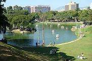 Fantasma Boat leva você para conhecer a Quinta da Boa Vista no RJ.