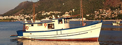 Fantasma Boat - Leasing of trawlers for fishing and trips RJ