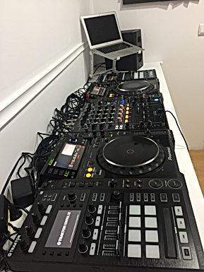ESTUDIO DE DJ 2 HORAS