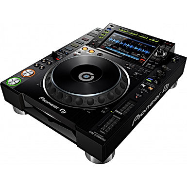 Estudio de DJ 15 h /MÊS