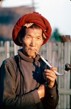 Smoking, Chang Rai