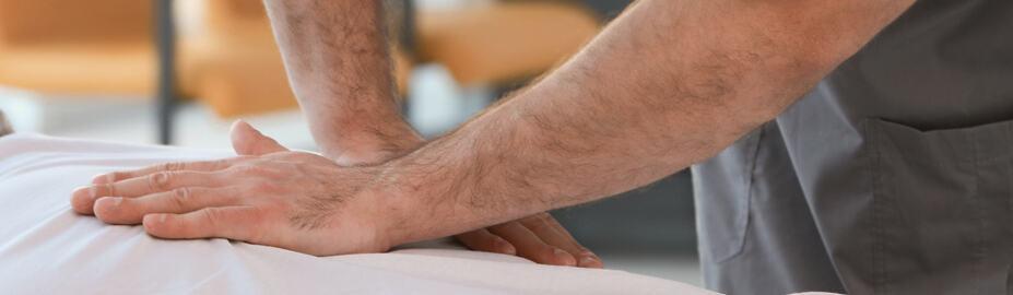 Naperville chiropractic adjustment - pain management