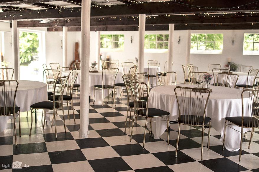 rustikke, autentiske og romantiske Fest og bryllupslokaler i smuk natur.jpg