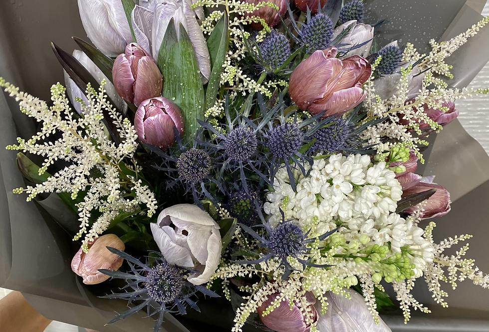 荷蘭染色鬱金香花束