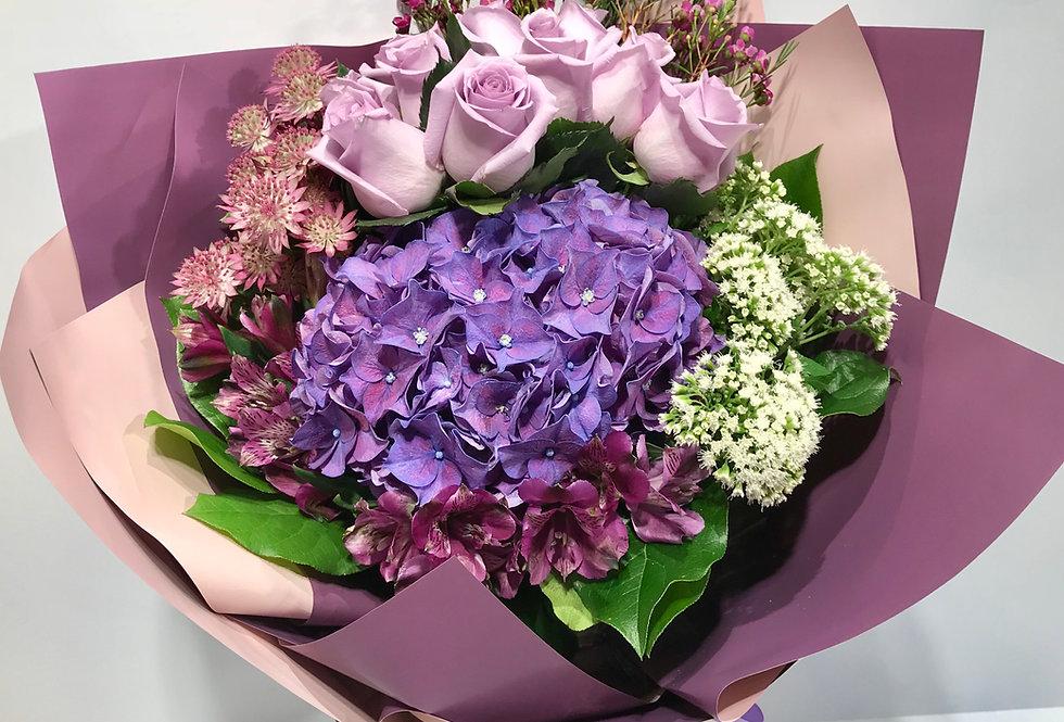 Noble Rosa 玫瑰繡球花束