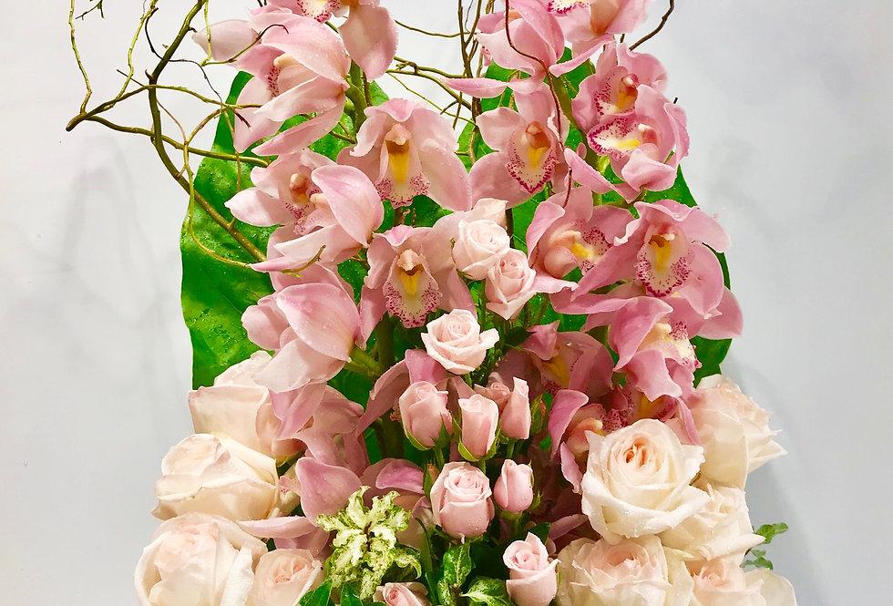 蕙蘭玫瑰枱花