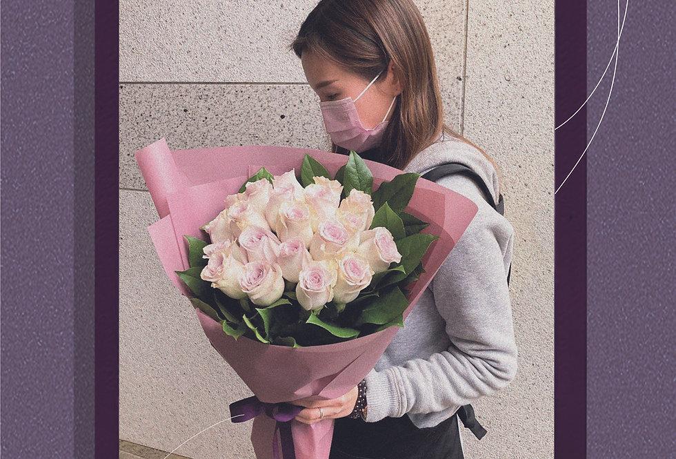 Princess Vera 淺紫玫瑰花束