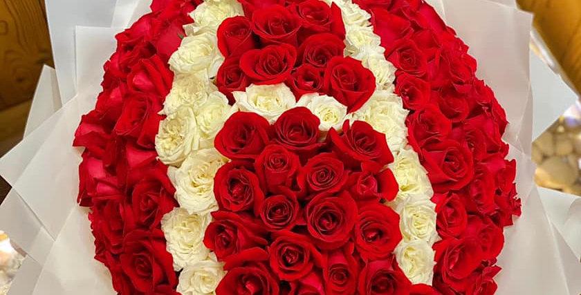99枝單字母求婚花束